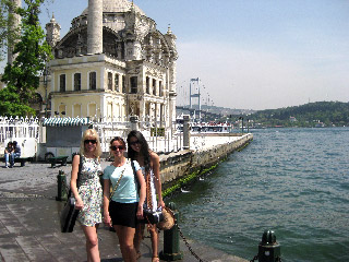 String Divas In Istanbul